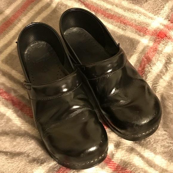 Dansko Shoes | Super Clean Clogs | Poshmark